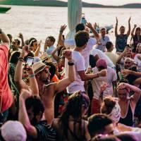 beach party hula hula stag croatia 7