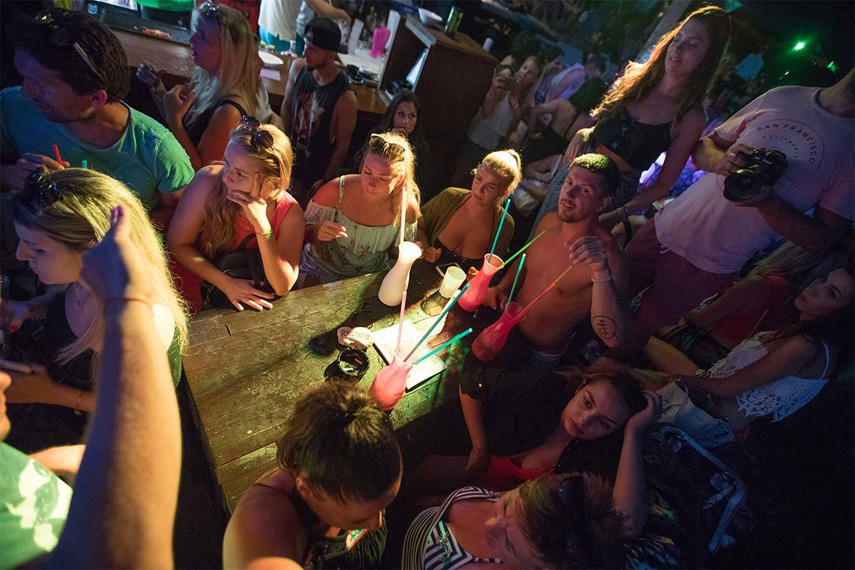 beach party hula hula stag croatia 9
