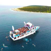 booze cruise stag croatia 10
