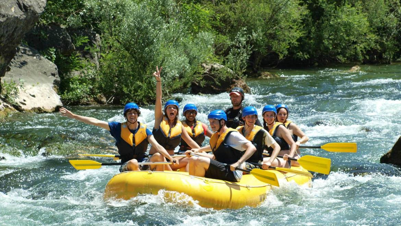rafting for young  old    cetina rafting pinta hero
