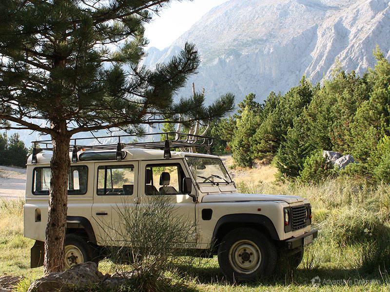 4 Land Rover Defender   Jeep safari Mosor river Cetina