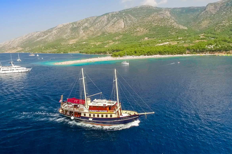 sailing cruise srag croatia 1