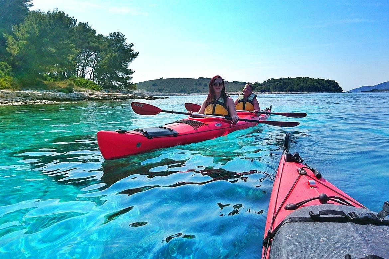 sea kayaking hvar stag croatia 13