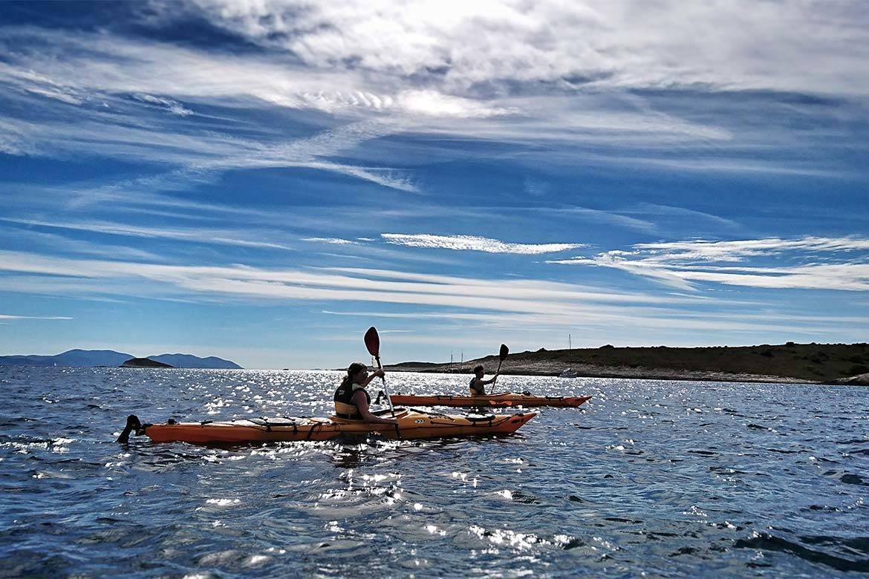 sea kayaking tour 3