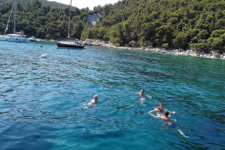speedboat trip split and blue lagoon 5