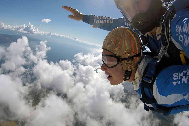 tandem jump skydiving stag croatia 2