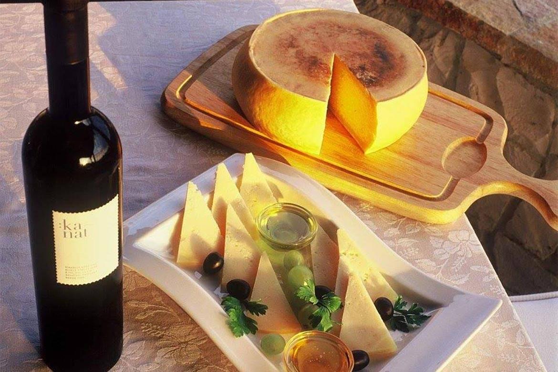 wine and cheese tasting stag croatia 6