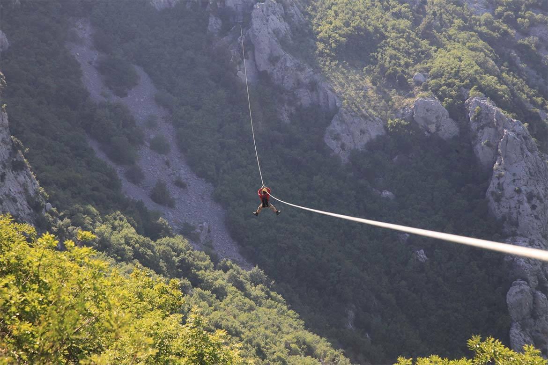 zip line stag croatia 15